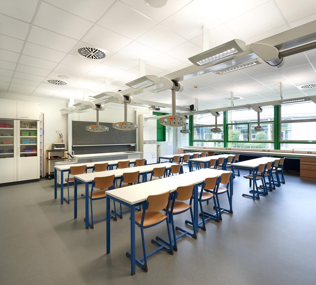 Bildungszentrum Nord Fachraumsanierung Innenraum. Schadstoffsanierung und Koordination technischer Einbauten